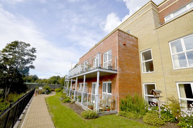 Thumbnail Flat for sale in Stroudwater Court, 1 Cainscross Road, Stroud, Gloucestershire