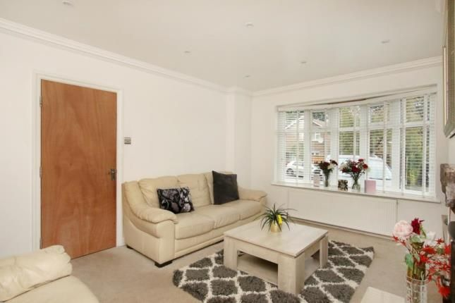 Picture No.05 of Norwood Drive, Sheffield, South Yorkshire S5