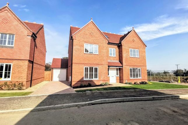 Thumbnail Detached house for sale in Elm Leys, Wingrave, Aylesbury