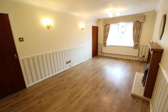 Living Room of Welwyn Park Drive, Hull HU6