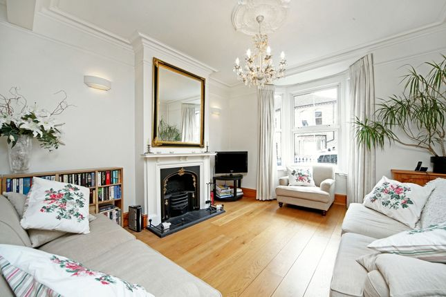 Thumbnail Semi-detached house to rent in Grove Road, Windsor