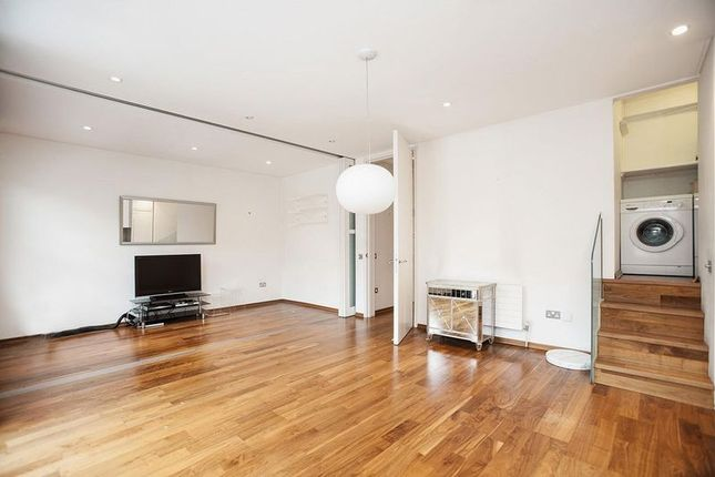 Thumbnail Detached house to rent in Willoughby Road, Hampstead, London