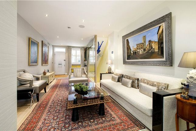 Thumbnail Mews house for sale in Petersham Mews, London