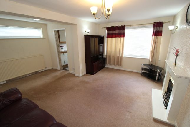 Thumbnail Semi-detached house to rent in Goodwood, Preston