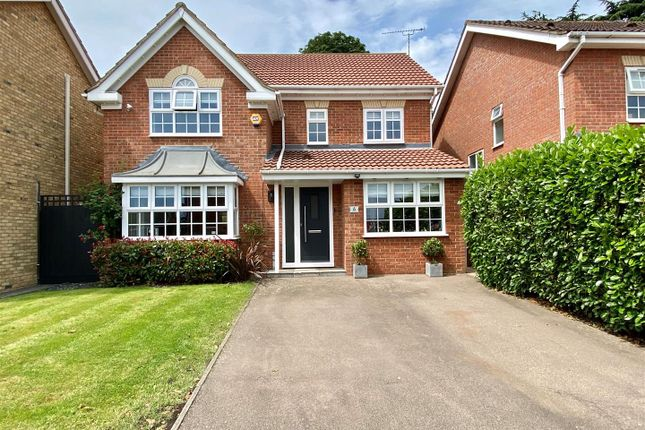 Thumbnail Detached house for sale in Cattlins Close, Cheshunt, Waltham Cross
