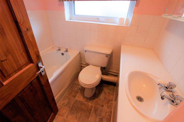 Bathroom (2) of Abbey Road, Bourne PE10