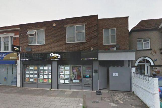 Thumbnail Flat to rent in Green Lane, Goodmayes