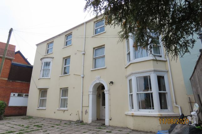Thumbnail Flat to rent in Marine Gardens, Bideford