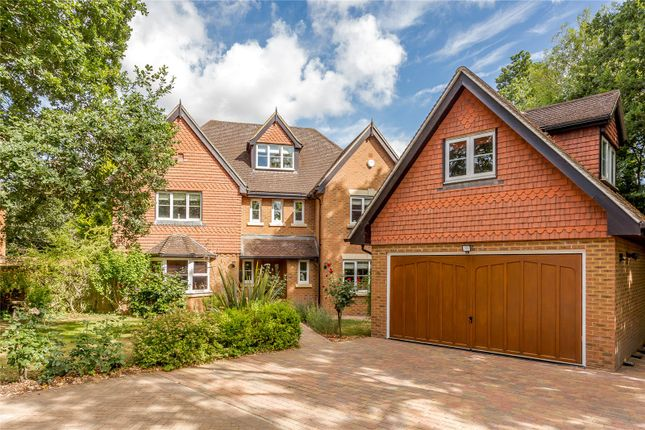 Thumbnail Detached house for sale in Kilnside, Goughs Lane, Warfield, Berkshire