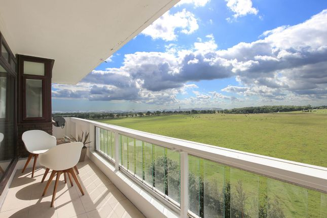 Flat for sale in Montagu Court, Gosforth, Newcastle Upon Tyne