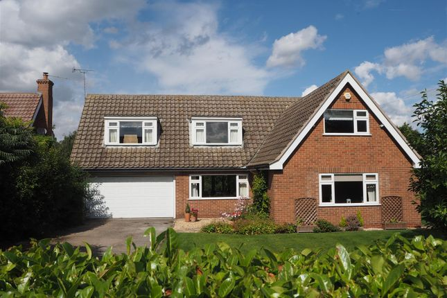 Thumbnail Detached house for sale in Whitegates, Woodhill Road, Collingham, Newark