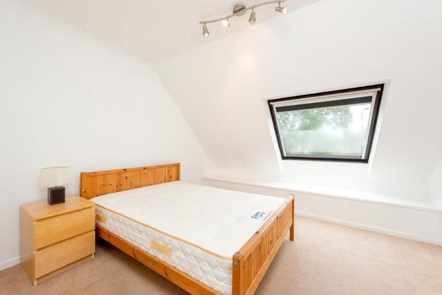 Thumbnail Property to rent in Manchester Road, Isle Of Dogs, London