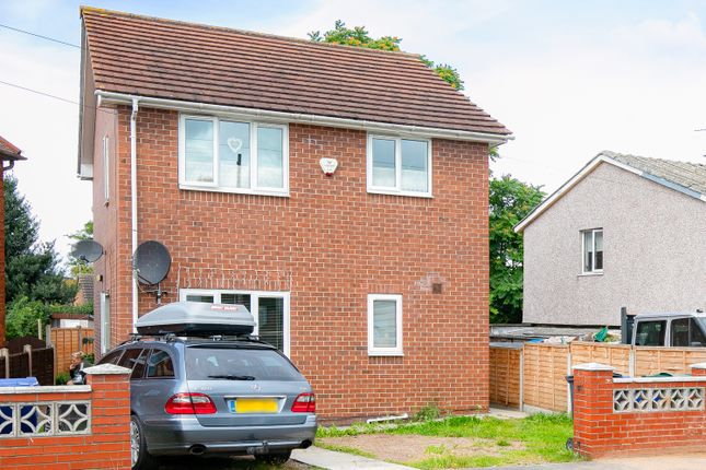 Thumbnail Flat for sale in Norwich Road, Doncaster
