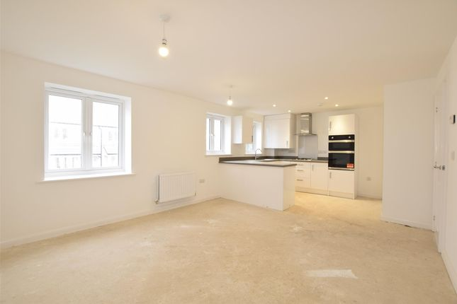 Thumbnail Flat for sale in Purnell Apartments, High View, Paulton, Bristol