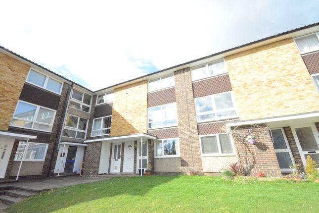 Thumbnail Maisonette to rent in Broadlands Court, Bracknell