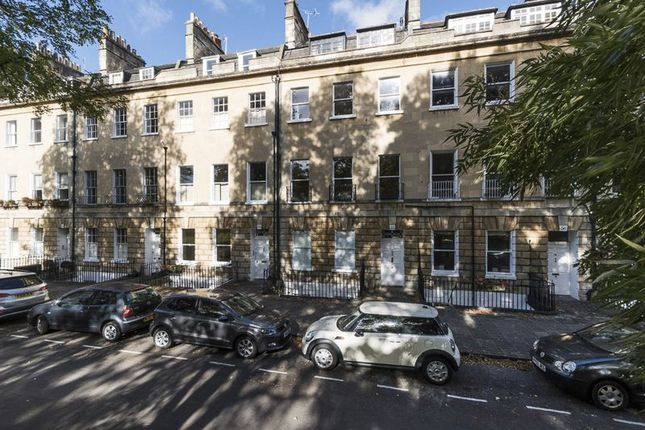 Thumbnail Flat to rent in Green Park, Bath