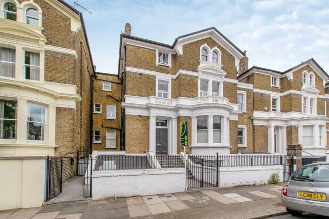 Thumbnail Flat to rent in Altenburg Gardens, Clapham Junction