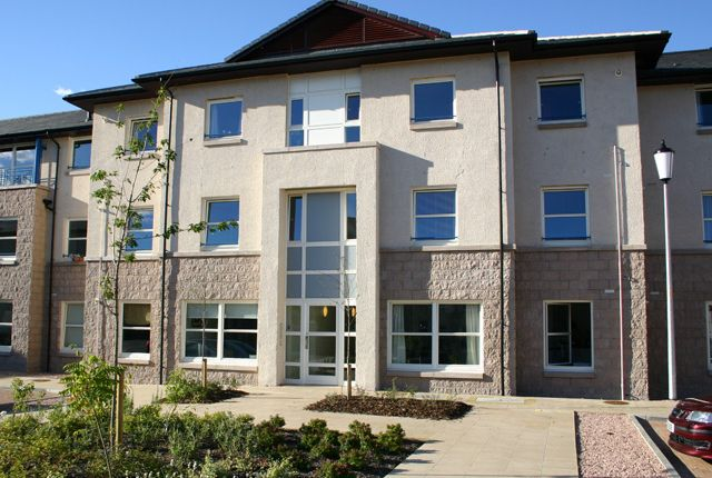 Thumbnail Flat to rent in Bishops Park, Inverness, 5Sz