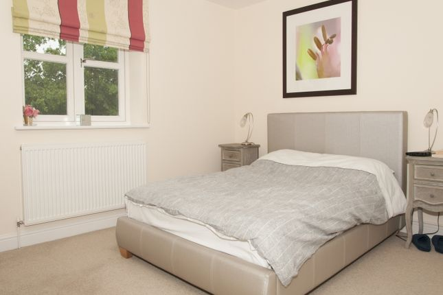 Thumbnail Flat to rent in Oxford Road, Brackley
