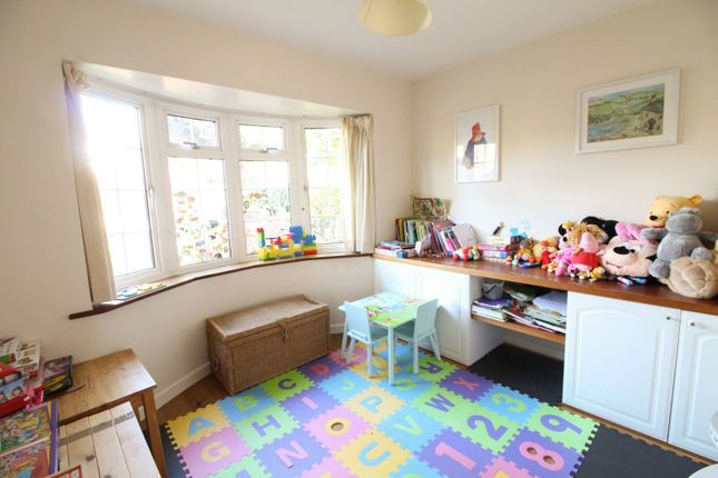 Family Room of Oldfield Road, Bromley BR1