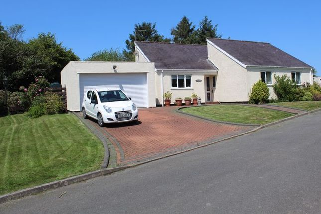 Thumbnail Detached bungalow for sale in Wern Y Wylan, Llanddona, Beaumaris, Anglesey.