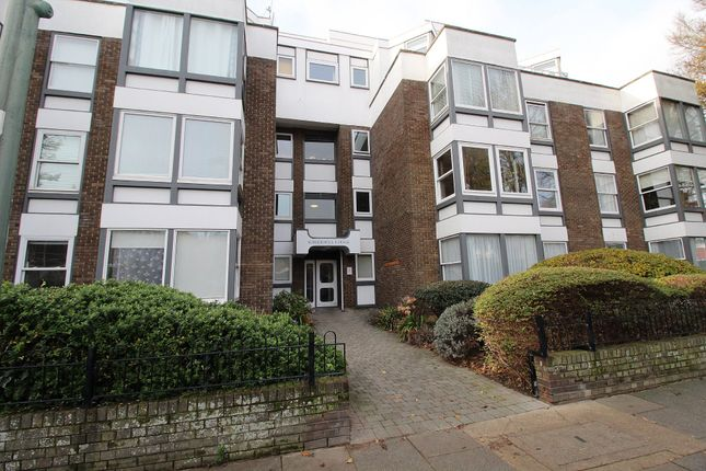 1 bed flat for sale in Somerhill Road, Hove BN3