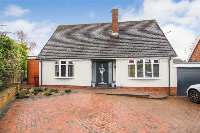 Thumbnail Bungalow for sale in Stapleford Close, Over Hulton, Bolton