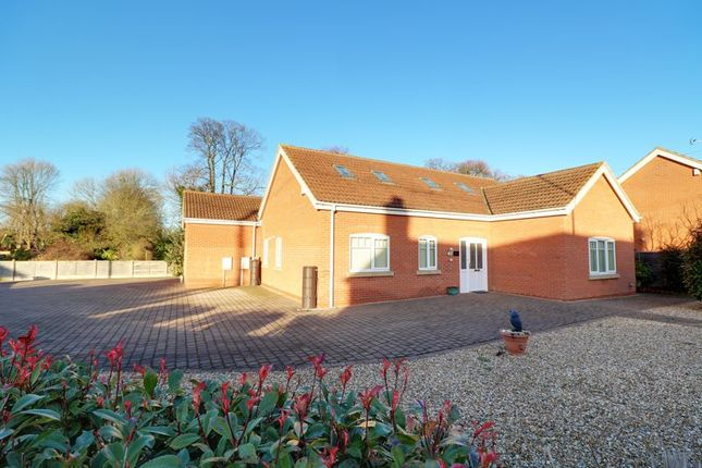 Thumbnail Detached bungalow for sale in Station Road, Hibaldstow, Brigg