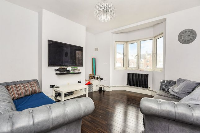 Thumbnail Flat for sale in Tooting Grove, London