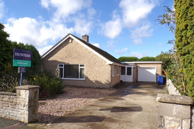 Thumbnail Bungalow for sale in Ashdene Road, Bicester, Oxfordshire