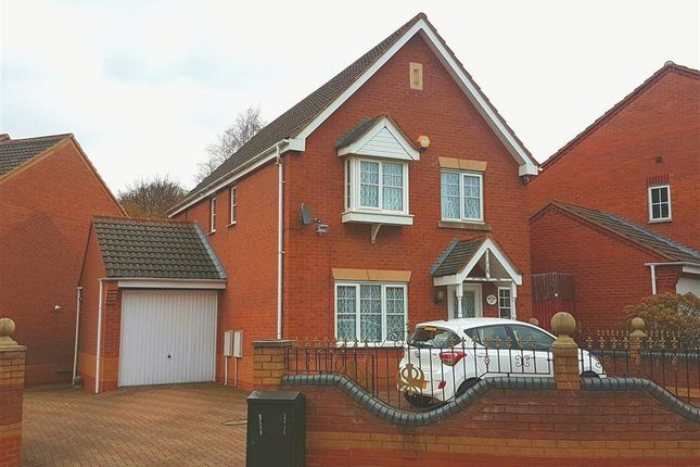 Thumbnail Property to rent in Somerset Road, West Bromwich