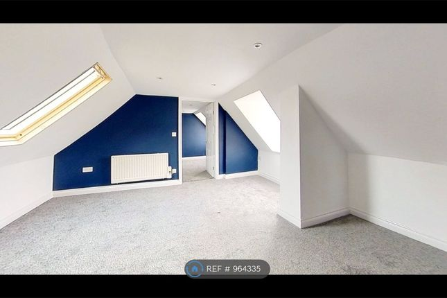 2 bed flat to rent in London Road, Long Sutton, Spalding PE12