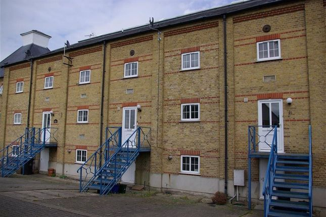 Thumbnail Town house to rent in Saltcote Maltings, Heybridge, Maldon