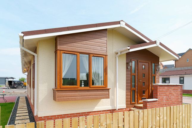 Thumbnail Mobile/park home for sale in Strathaven Road, South Lanarkshire