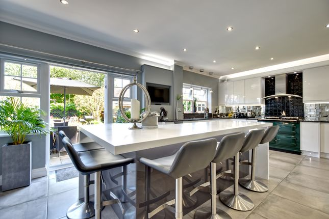 Thumbnail Detached house for sale in Pewterers Avenue, Thorley, Bishop's Stortford