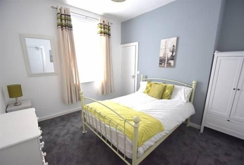Thumbnail Shared accommodation to rent in Eric Street, Widnes