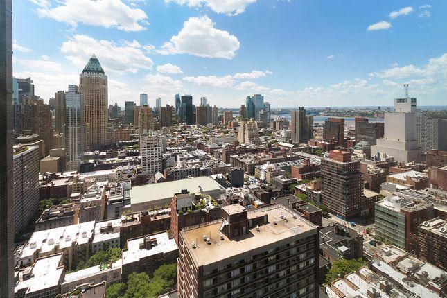 City View Facing South Over Manhattan