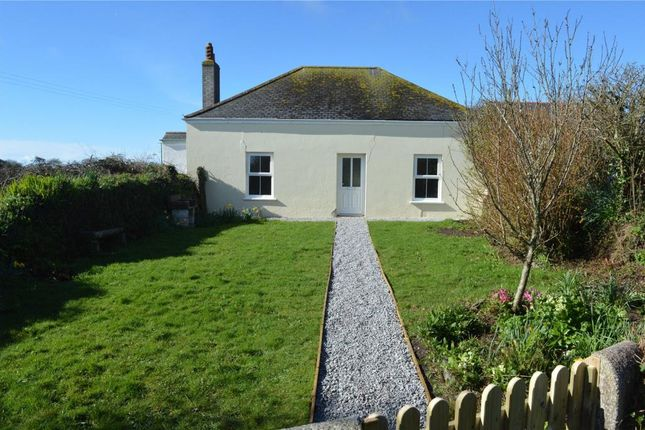 3 bed detached bungalow to rent in Crowntown, Helston, Cornwall
