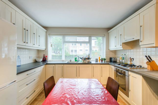 Thumbnail Flat to rent in Florence Road, South Park Gardens, London