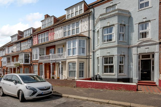 Thumbnail Terraced house for sale in Cabbell Road, Cromer