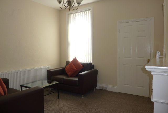 Thumbnail Flat to rent in King Edward Place, Gateshead