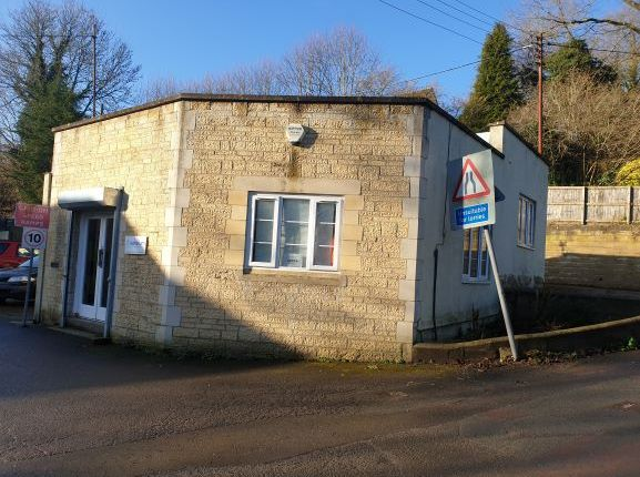 Office to let in Station Road Industrial Estate, Woodchester, Nailswoth Glos