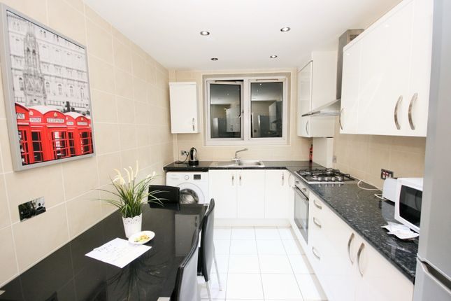 Thumbnail Flat for sale in Maddocks House, Cornwall Street