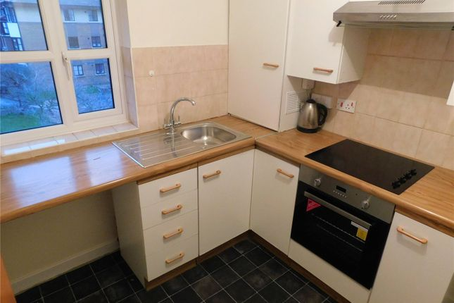 Thumbnail Flat to rent in Halley Gardens, Lewisham, London