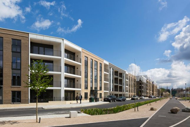 Thumbnail Flat for sale in Eythorne Road, Oval, London