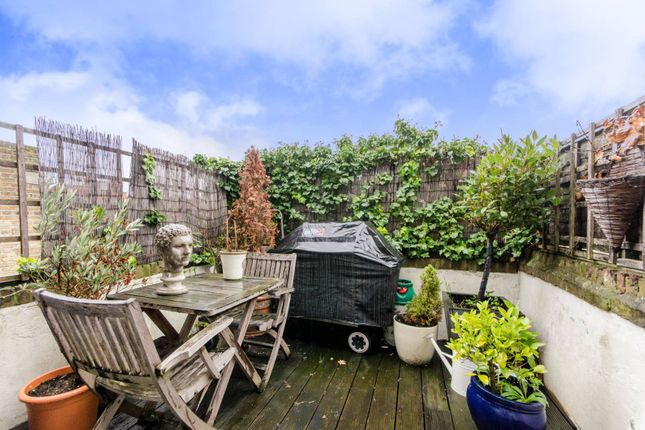 3 bed maisonette for sale in Edith Grove, Chelsea