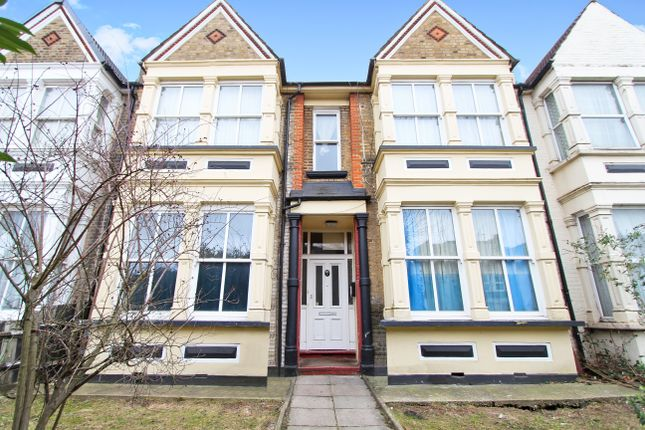 Thumbnail Flat for sale in Greenhill Park, London
