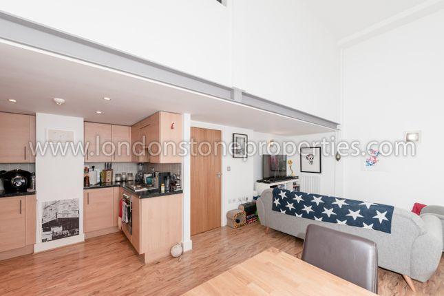 Thumbnail Flat for sale in Cadogan Road, Royal Arsenal Riverside
