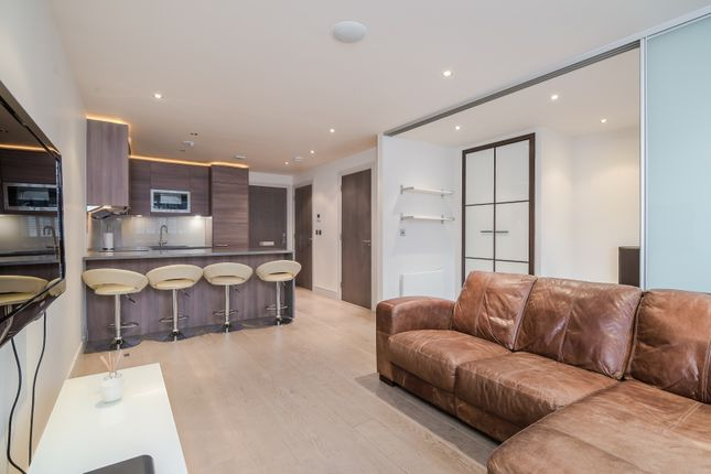 Thumbnail Flat for sale in Town Mead Road, London
