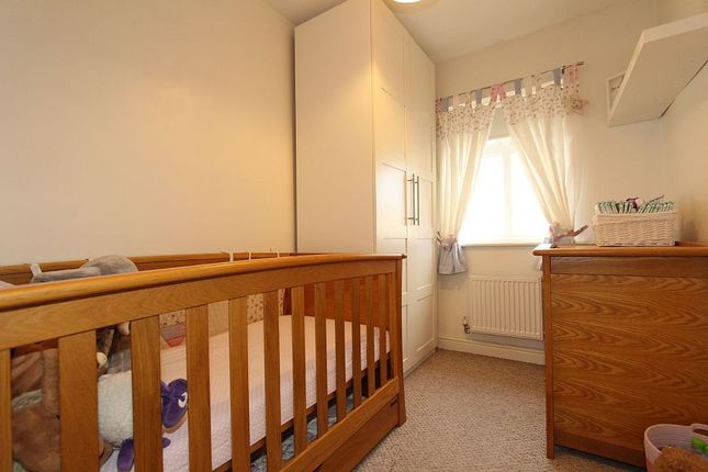 Bedroom 3 of River View, Woolley Grange, Barnsley, West Yorkshire S75